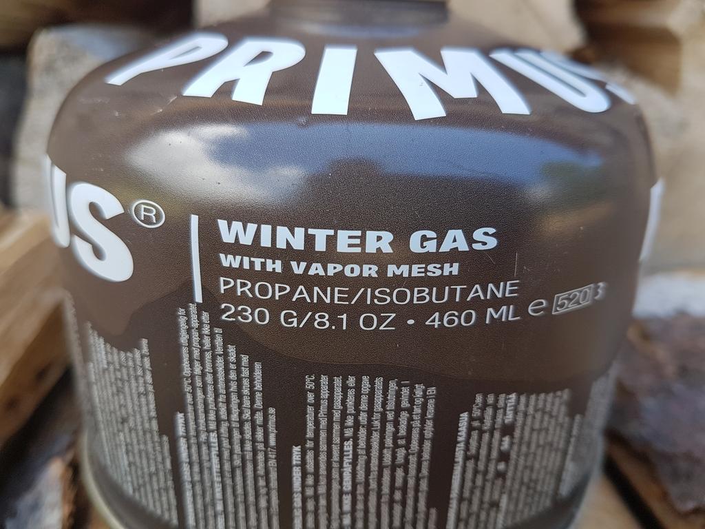 Cartouche Primus Winter Gas : mélange Butane / Propane / Isobutane - Utilisation hivernale